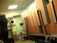 Lo1418# Several women take off their clothes. Locker room voyeur cam captures their tits, ass and