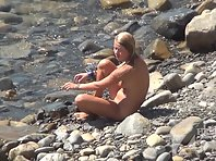 Nu1413# What could be more beautiful girls' asses and cunts on the background of the sea. Remarkab