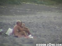 Nu57# Voyeur video from nude beach