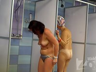 Sh1319# Completely naked aged women take a shower after the p