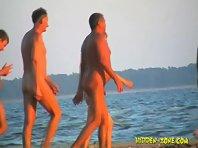 Nu1042# Nude beach hidden cam
