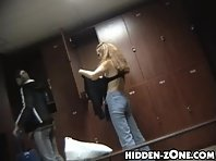 Lo196# Voyeur video from locker room