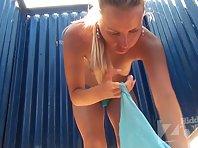 Bc2415# Voyeur video from beach cabin.