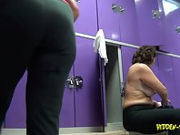 Lo1115# Real voyeur video of the locker room fitness club