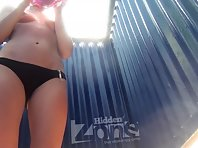 Bc2502# In this video, the beauty was in no hurry and calmly took off her black swimsuit, facing the