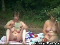Nu213# Voyeur video from nude beach