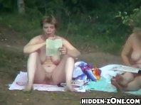 Nu214# Voyeur video from nude beach