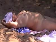Nu1249# Thick naked woman lying on the sand. No one wants to know her because she is thick. As yet