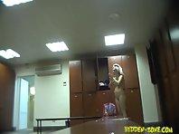 Lo715# Voyeur video from locker room