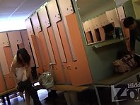 Lo1460# Hidden camera in the women's pool locker room. Girls come out of the shower, wiped and put