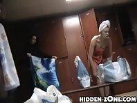 Lo189# Voyeur video from locker room