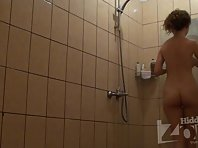 Sh1389# Hidden cam shower installed in the women's shower room and continues to delight us with ju