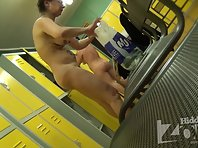 Lo1187# Observe the process of dressing in the locker room is always very exciting