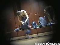 Lo24# Voyeur video from locker room