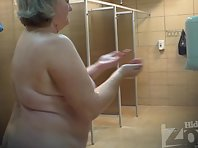 Sh1095# Thick old woman shakes big tits and shows all in front of our hidden camera. On the fan -