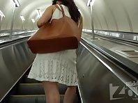Up2952# Voyeur upskirt video.