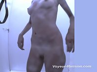 Pv463# Slender beauty completely undressed and sees herself in the mirror. Our operator is behind th