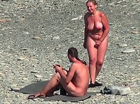 Nu1931# Considering naked women on a nude beach is always very interesting. Our agent helps us in th