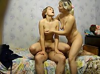 Sp1425# A guy puts a girl in doggy style orgy and continues with renewed vigor.