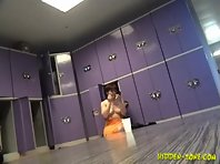Lo490# Voyeur video from locker room