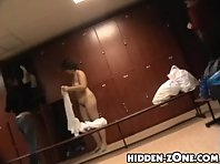 Lo222# Voyeur video from locker room