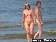 Nu299# Voyeur video from nude beach
