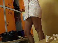 Lo983# Voyeur video from locker room