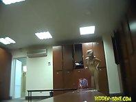 Lo716# Voyeur video from locker room