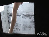 Wc1606# Slim blonde pee and wiped her crotch with a cloth